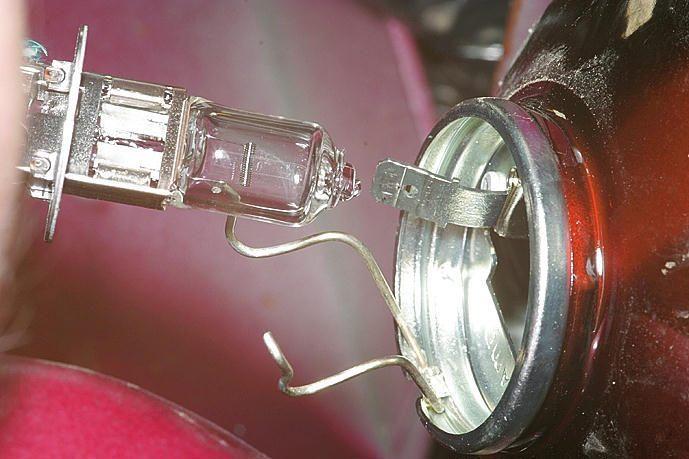Как заменить лампочку в ваз 2107 фара - Авто Шарм