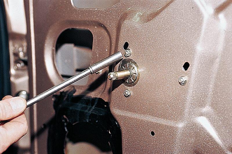 Фото №17 - механизм стеклоподъемника ВАЗ 2110