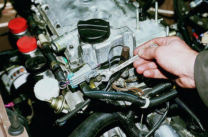Фото №2 - замена форсунок ВАЗ 2110 8 клапанов